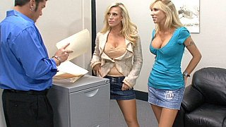Amber Lynn, her friend Morgan Ray & cock