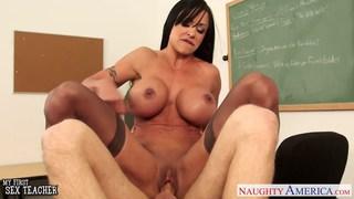 Beauty sex teacher Jewels Jade fucking in classroo