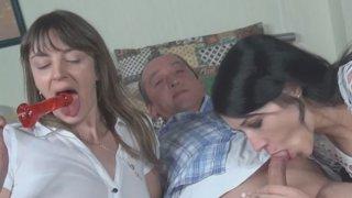 Licking Amateurs