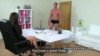 Tall muscled guy fucks female agent