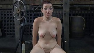 Hotty gets her pussy gratified while inside a cage
