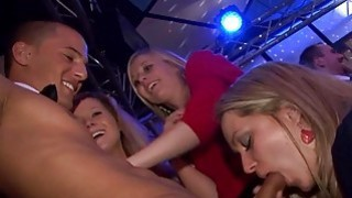 Nonstop oralsex sensation during fuckfest party