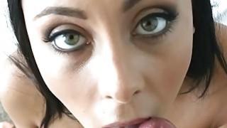 Agile slut demonstrates very cocksucking
