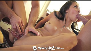 Jade Jantzen enjoys her first double penetration
