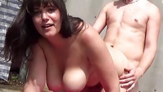 Deutsche BBW Girls lassen ihre Titten wackeln