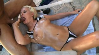 Slutty blonde chick Kelly Summer and Sledge Hammer having a sexy time