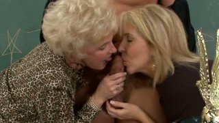 Hot sluts Erica Lauren & Mrs Jewell fuck with one guy