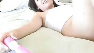 Brunette hottie working peachy cunt with vibrator