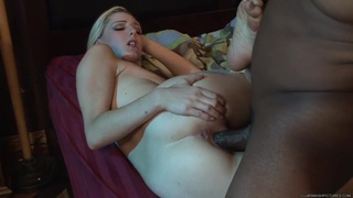 Rylie Richman bounces her pussy on this massive prick
