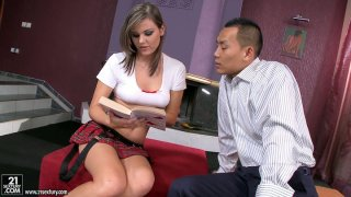 Rosee opens her legs in front of Japanese guy