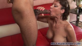 MILF bombshell Vanessa Videl serves her mature ass for exotic cock